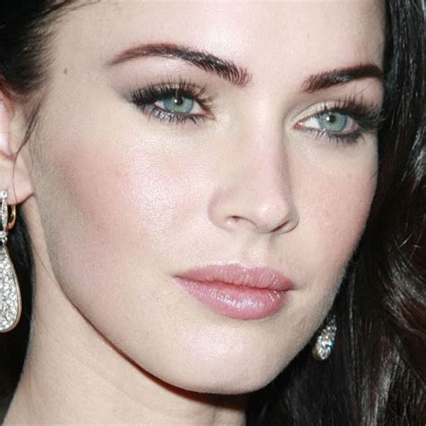 megan foxs makeup how to get her skin bold lip exact look megan fox s makeup photos products steal her style