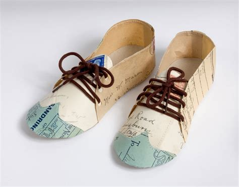 Paper Shoes - collier