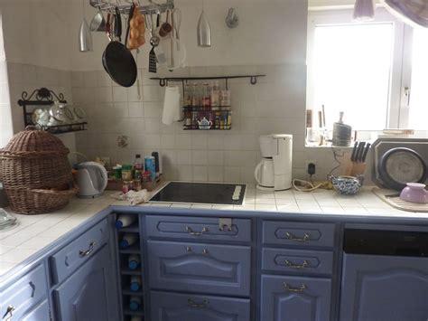 cuisine rustique relook馥 meuble cuisine rustique repeindre un meuble de cuisine en