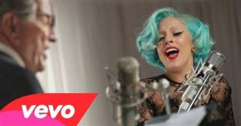 lady gaga biography youtube tony bennett lady gaga the lady is a trammp 2011