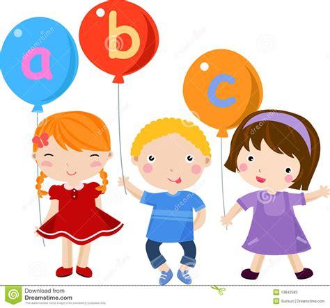 imagenes de niños jugando en ingles ni 241 os e ingl 233 s de la diversi 243 n fotos de archivo imagen