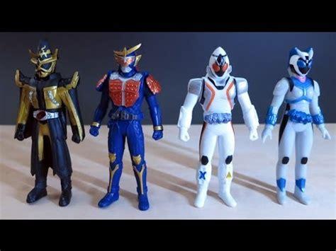 Figure Kamen Rider Gaim 01 kamen rider fourze wizard gaim soft vinyl figures 01