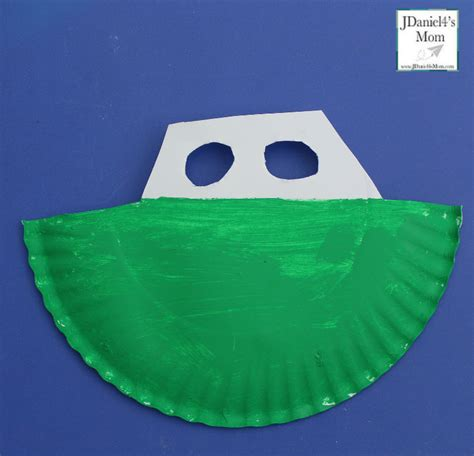 how to make a paper plate boat boat craft paper plate boat with waves