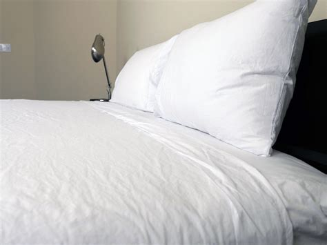 parachute bedding review 100 parachute home percale sheets review 100