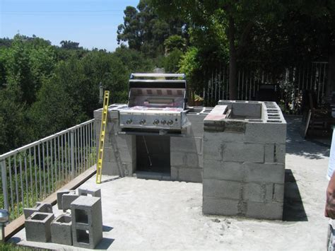 outdoor kitchens steel studs or concrete blocks yard