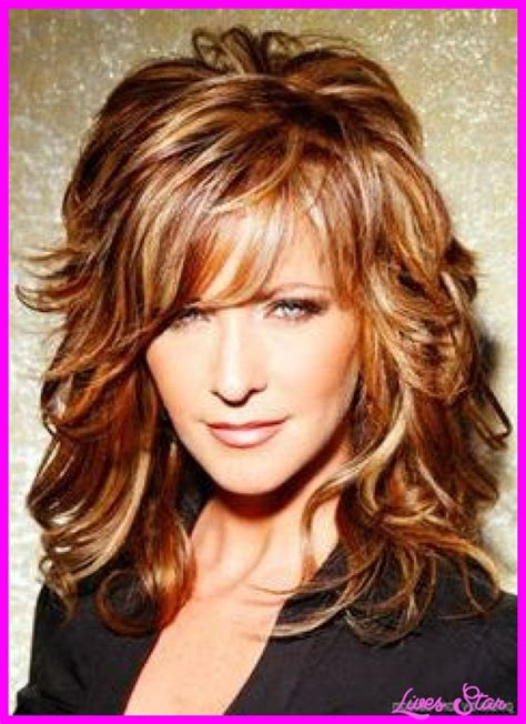 hairstyles for women over 40 wavy medium oval face hairstyles for curly hair women over 40 livesstar com
