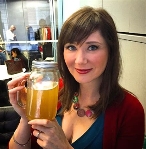 Reviews On Detox Plan By Julie Daniluk by Detox Bone Broth For Digestive Health Mealsthatheal