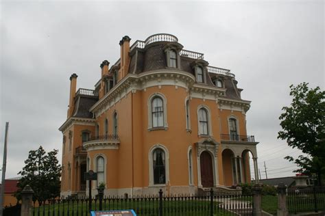 Louisville Haunted Houses by Literally A Haunted House At Culbertson Mansion Review