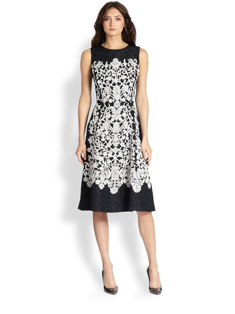 Lace Rienta oscar de la renta lace embroidered day dress in black