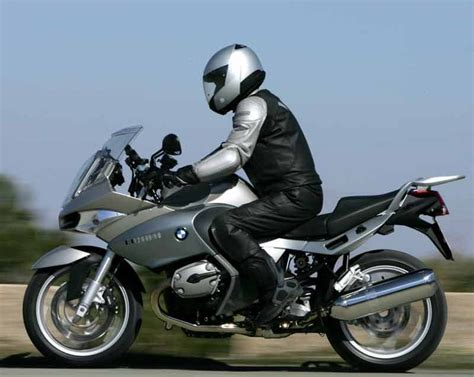 bmw r1200st bmw r1200st 2005 2007 review mcn
