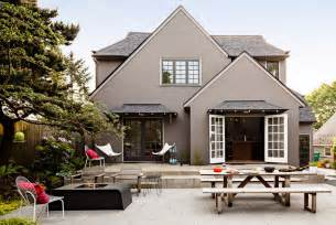 Good House Colors by 10 Creative Ways To Find The Right Exterior Home Color2014