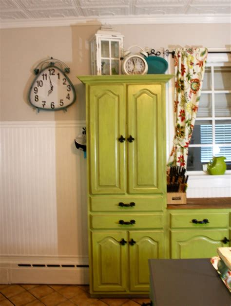 most durable finish for kitchen cabinets dixie belle paint on kitchen cabinets looks amazing