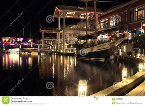 boat rides at bayside miami fl miami bayside marketplace editorial photo cartoondealer