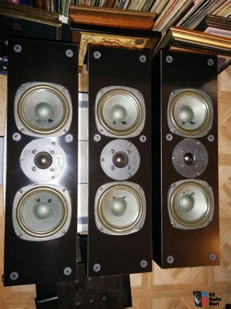 nht vs 1 2 center bookshelf surround speakers photo