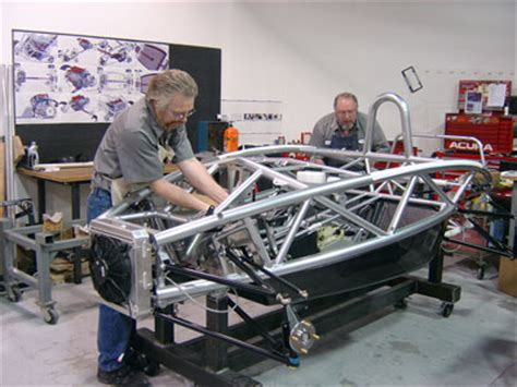 motus fiorano ariel atom chassis and how the ariel atom works