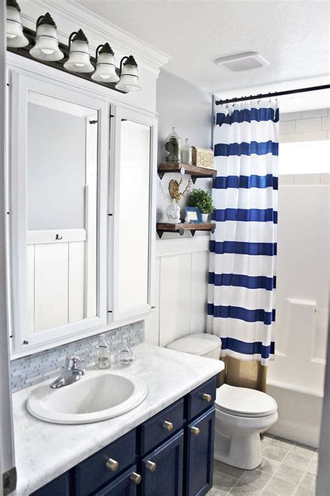 teen girl bathroom ideas 25 best ideas about teenage girl bathrooms on pinterest