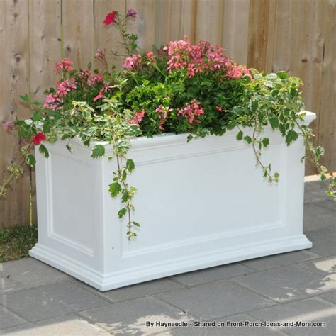 Self Watering Strawberry Planter by Self Watering Planter Strawberry Planters Tomato Planter