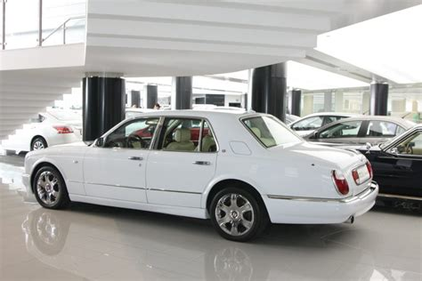 bentley arnage white white used bentley arnage autoz used cars in doha qatar
