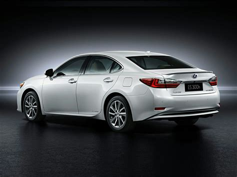 lexus sedan new 2017 lexus es 300h price photos reviews safety
