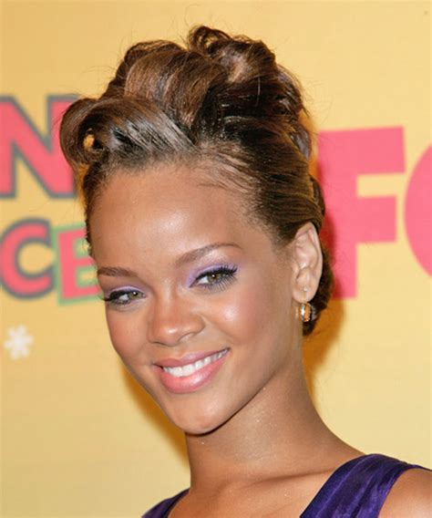 Images Of Rihanna Hairstyles by Rihanna Hairstyles For 2018 Hairstyles By