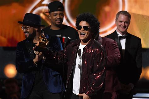 bruno mars saturday night mp3 download bruno mars wins big and kesha delivers a raw performance