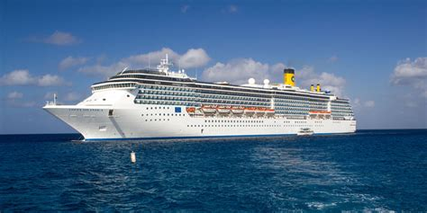 cruise boat jobs australia vacancies on cruise ships fitbudha