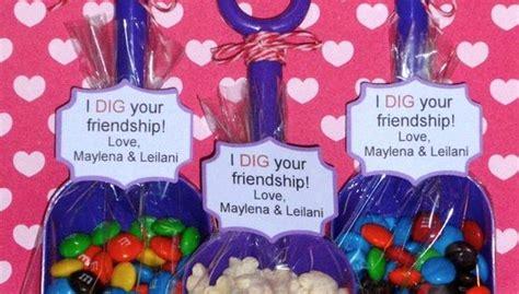secret ideas friend secret pal office friend gifts for valentine s day