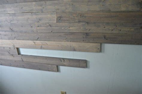fake  reclaimed wood plank wall home ideas