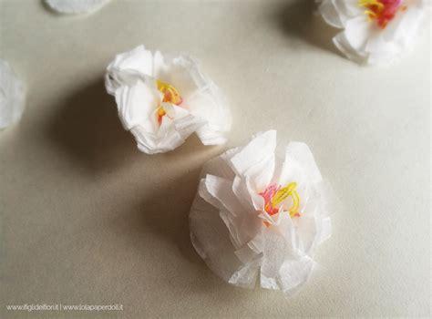 costruire fiori di carta di carta
