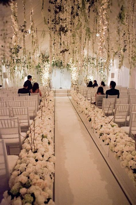 White Wedding Decorations by 25 Best Ideas About White Wedding Decorations On