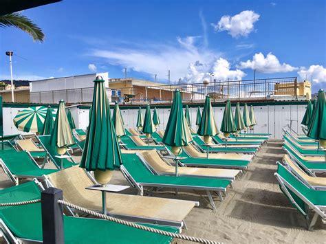 bagni spiaggia bagni spinnaker imperia spiagge liguria foto gallery