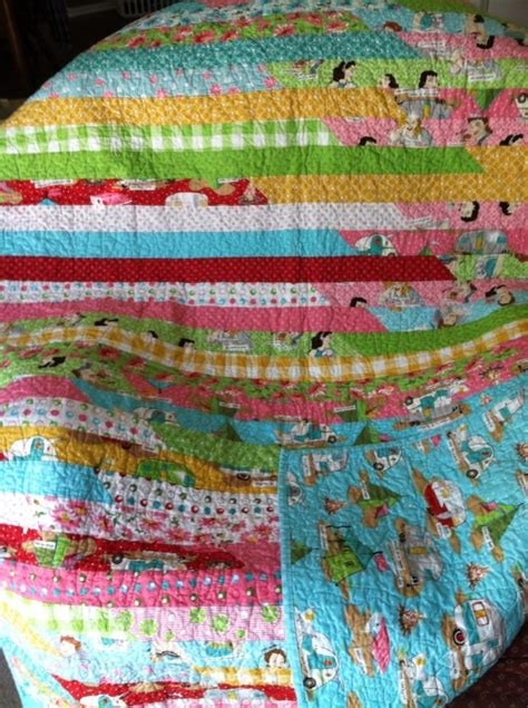 Jelly Roll Quilt Fabric by Jelly Roll Quilt With Gling Fabric Quilts