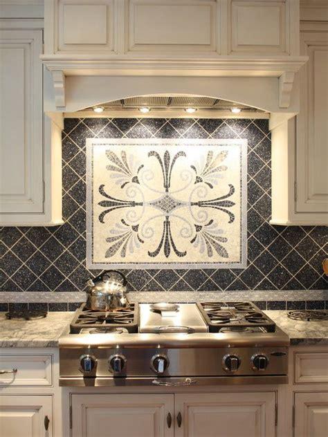 small kitchen backsplash ideas best 25 small kitchen backsplash ideas on small kitchen renovations kitchen