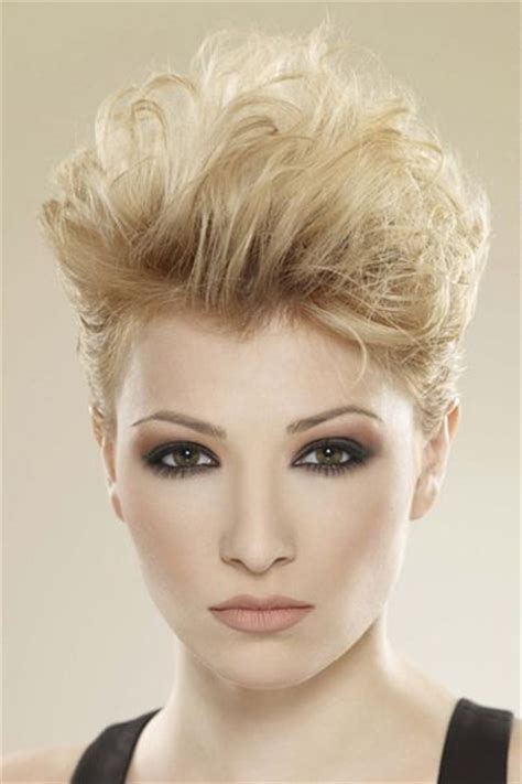 pixie hairstyles of the 80s 103 best images about short hairstyles for women on