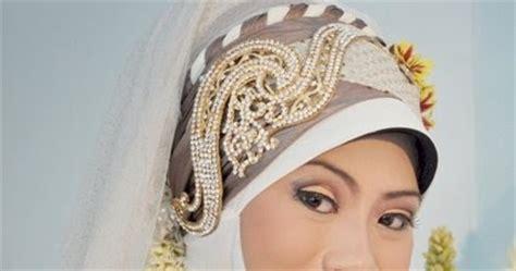 busana jilbab mempelai wanita