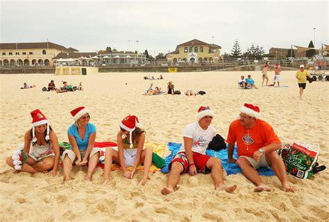 australia celebrates christmas zimbio