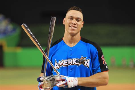 aaron judge dominates everyone and everything as the 2017