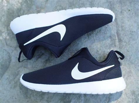 Sepatu Sport Nike Free Slip On Fullwhite Slop Cewek harga sepatu running nike roshe run black