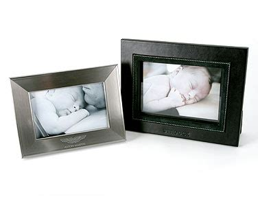 Desk Photo Frames by Desks Lights And Photos On