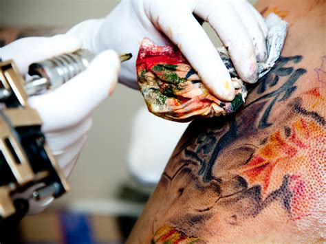 tattoo ink lymphatic system tattoo you immune system cells help keep ink in its place