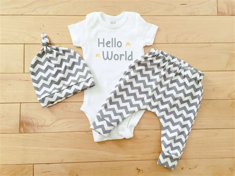 neutral color baby clothes gender neutral baby coming home unisex baby