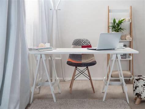 pilihan interior home office   menunjang