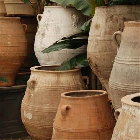 decorated cooking urn best 25 mediterranean decor ideas on pinterest tuscan
