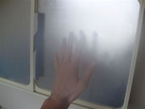 tips and tricks on how to avoid mirrors from fogging