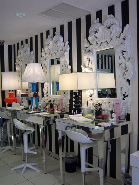 Vanity Hair Studio Nyc by Makeup Chairs At The Boutique Tour Of Napoleon Perdis Makeup Academy Popsugar