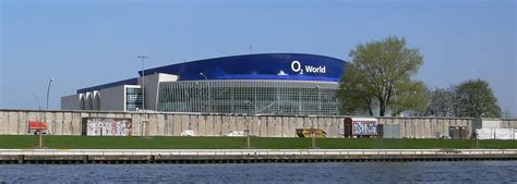 o2 world berlin premium eingang mercedes arena berlin