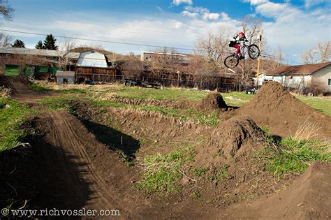 backyard bmx dirt jumps backyard bmx jumps 28 images show your dirt jumps page