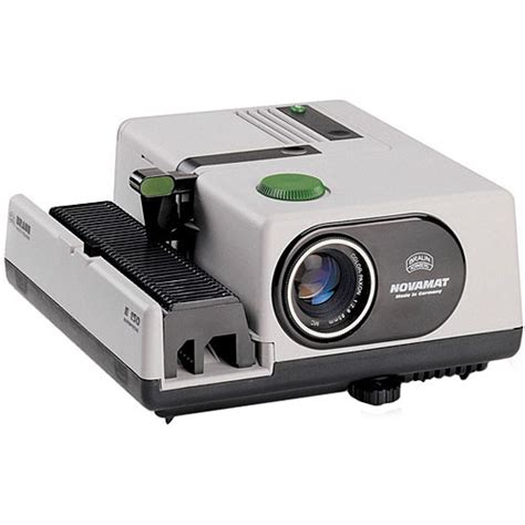 Proyektor Slide Braun Novamat E150 Auto Focus 35mm Slide Projector 070108 B H
