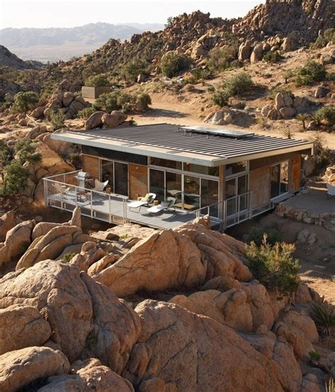 sustainable prefabricated residence in mojave desert