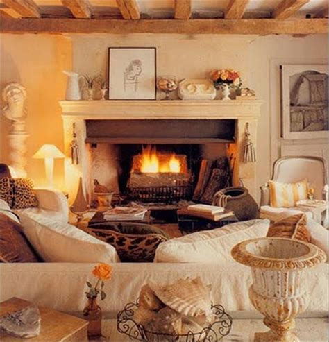 44 warm and cozy autumn interior designs homexx whitehaven things we love chairs covered in neutral linen